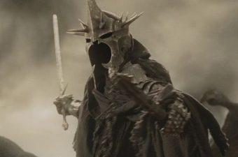 Sauve qui peut, mon fils a un cri de Nazgûl!